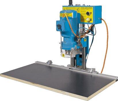 Bohr- und Einpressautomat BlueMax Mini Typ 3